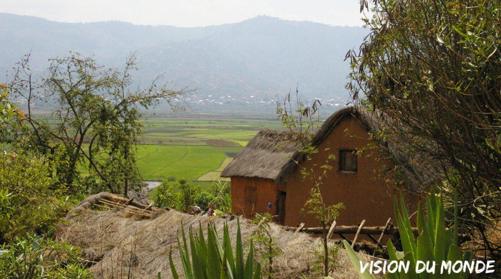 Maison en chaume à Madagascar