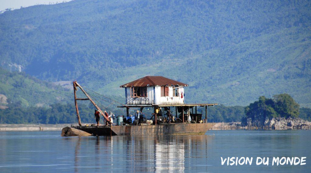 Laos Lac Nam Ngum