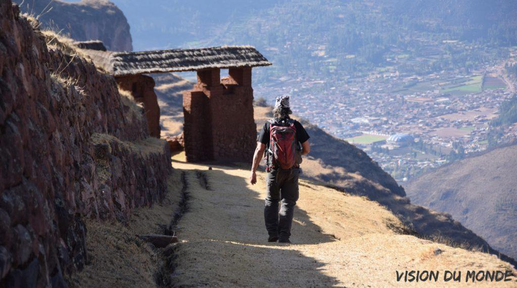 Randonnée avec notre partenaire local au Pérou